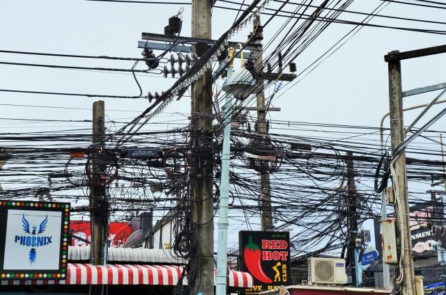 A perigosa fiação de Phuket