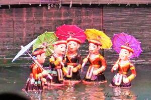 Teatro de bonecos na agua