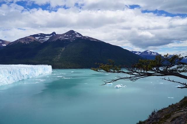 Visitei o Perito Moreno no verão e o clima estava ótimo.